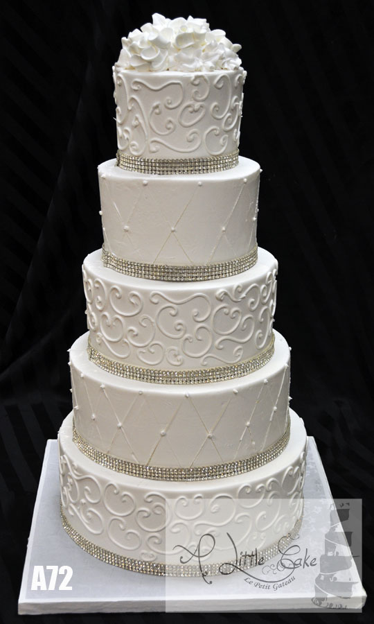 A72 Silver Sequin Buttercream Wedding Cake With Elegant Design