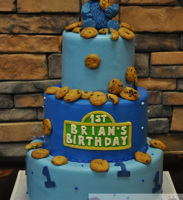 Astonishing C161 First Birthday Cake With Cookies And Sesame Street Theme Personalised Birthday Cards Sponlily Jamesorg