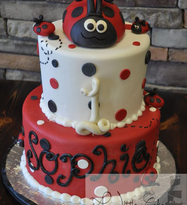 Terrific Ladybug Themed 1St Birthday Cake A Little Cake Birthday Cards Printable Benkemecafe Filternl