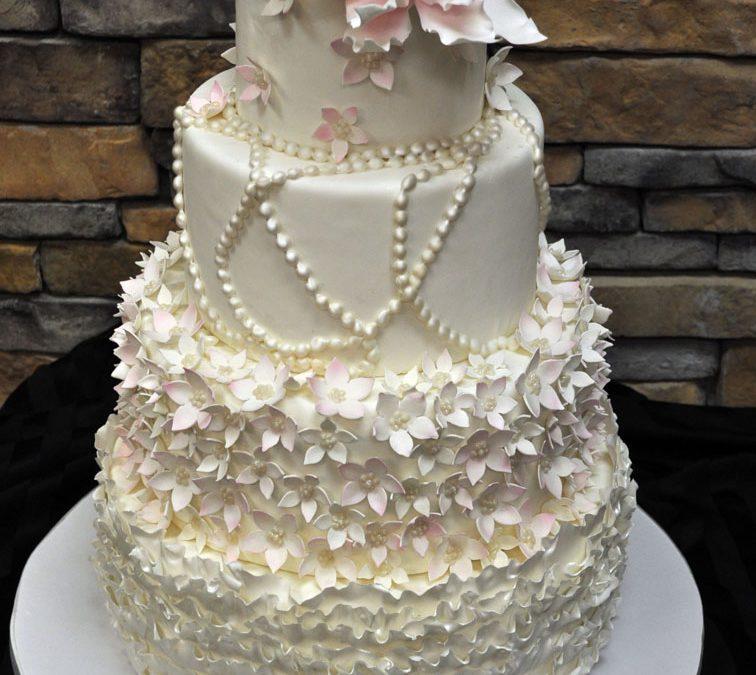 Fondant Flowers For Wedding Cakes: Fondant Wedding Cake With Elegant White And Pink Flowers