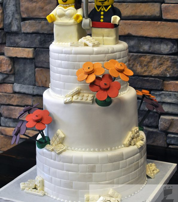White Lego Cake Fondant Wedding Cake With Lego Bride And Groom And