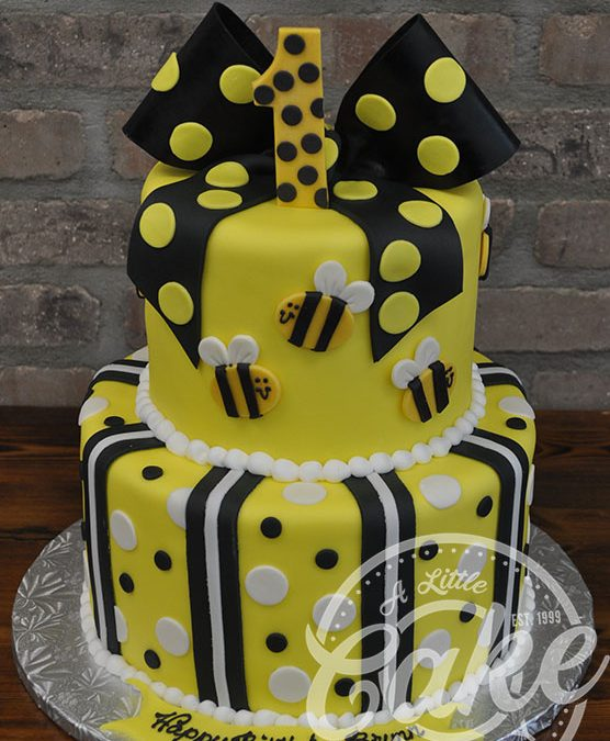 Peachy Bumblebee Themed 1St Birthday Cake Funny Birthday Cards Online Inifofree Goldxyz