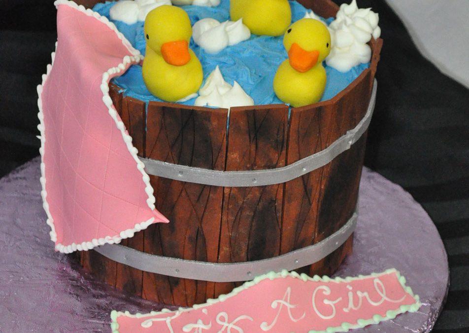 Super C122 Rubber Ducks In Bucket Cake Funny Birthday Cards Online Inifodamsfinfo