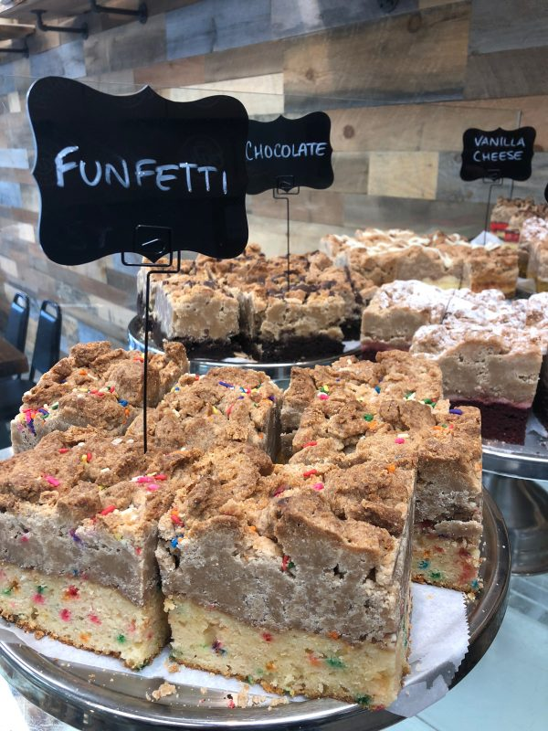 funfetti-crumb-cake-e1542658128577-600x800
